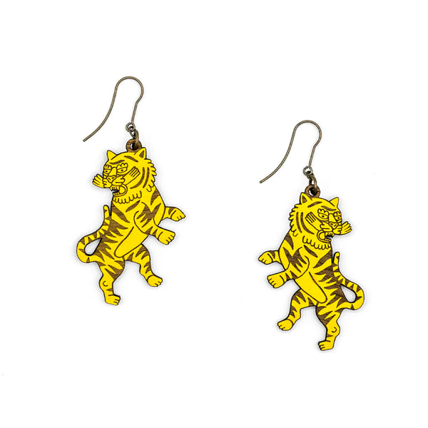 Yellow wooden Guardian Tiger earrings, of tiger raised in defense attitude. They are laser cut and engraved with marked outlines illustrating the earring.