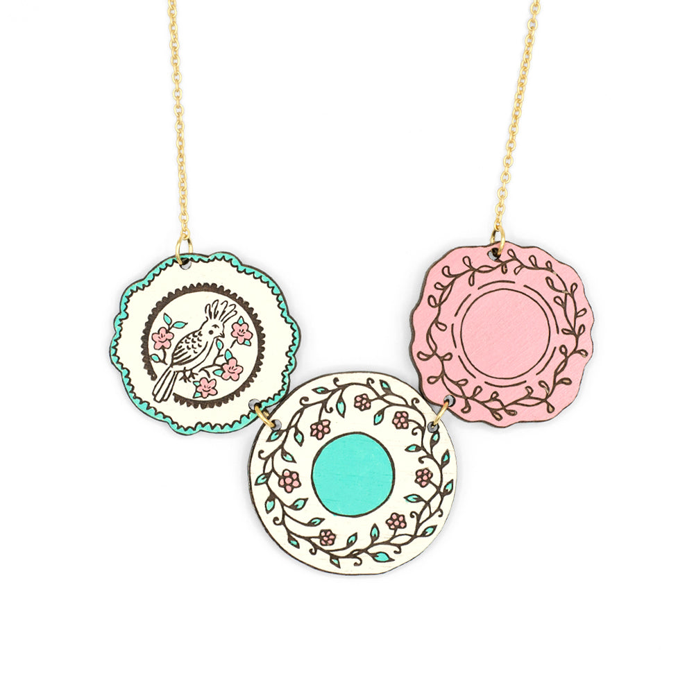 China Plates Necklace