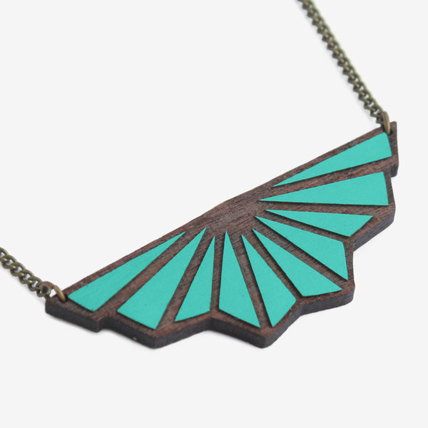Toile de Fond Teal Necklace