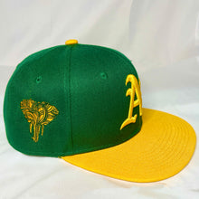 OAKLAND A'S GREEN & GOLD SNAPBACK BASEBALL HAT (New) ELEPHANT EDITION