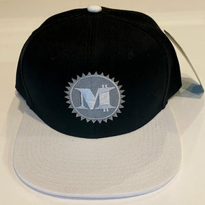 M LOGO SNAP BACK BLACK & WHITE BASEBALL HAT