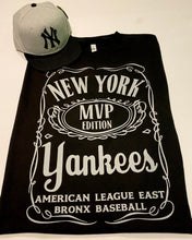 NEW YORK YANKEES BLACK T-SHIRT & HAT PLAYER PACK (LIMITED EDITION) BRONX EDITION