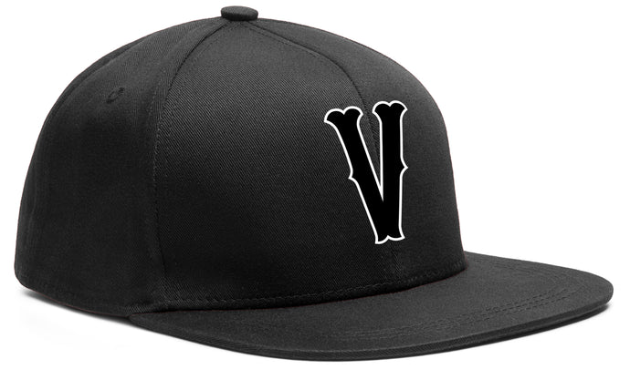 V SNAP BACK BLACK & WHITE BASEBALL HAT