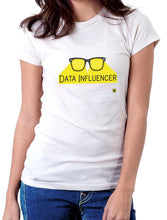 Moda Geek - Camisetas Originales Data Science - Data Influencer - Blanca - pasionteki.com