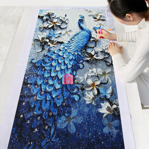 A large Diamond Painting has more details than a smaller one.