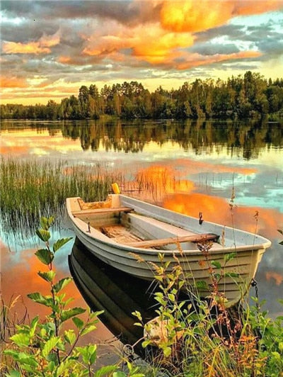 Lone Boat on Lake - Diamond Painting Kit