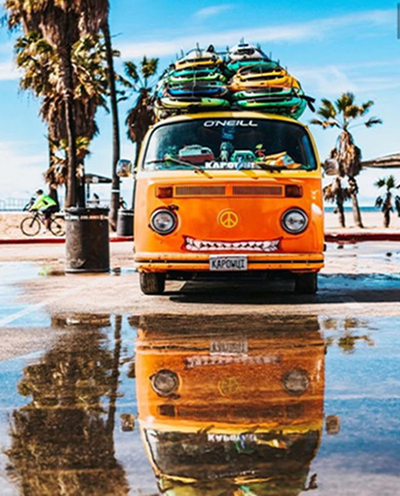Vintage VW Bus At Beach - Diamond Painting Kit