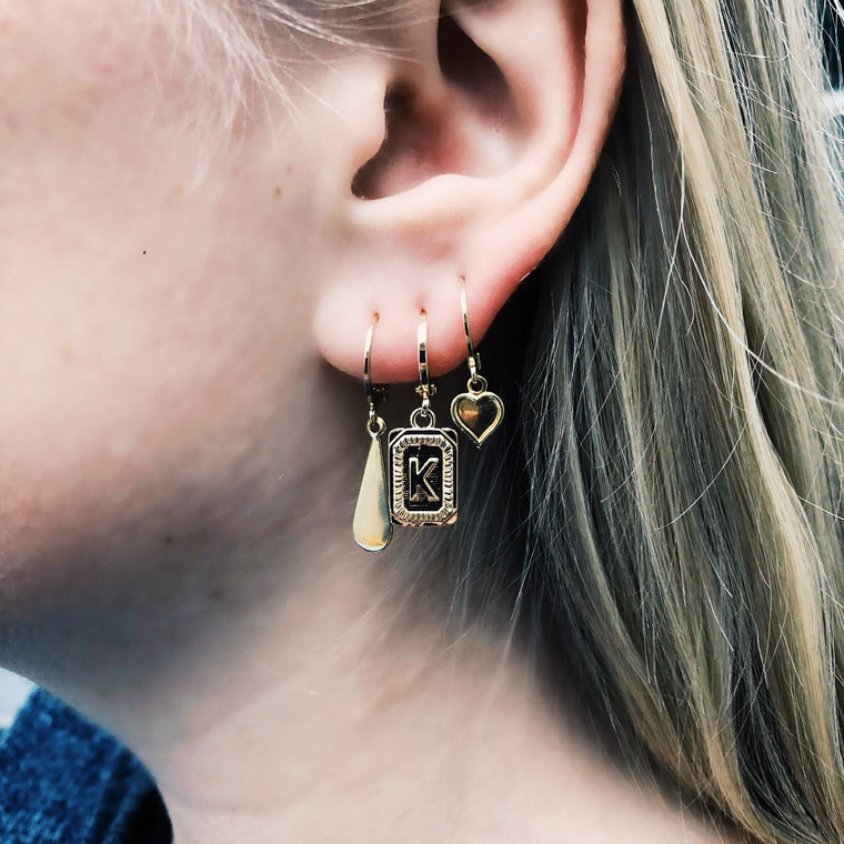 Single ring earring Initial Y