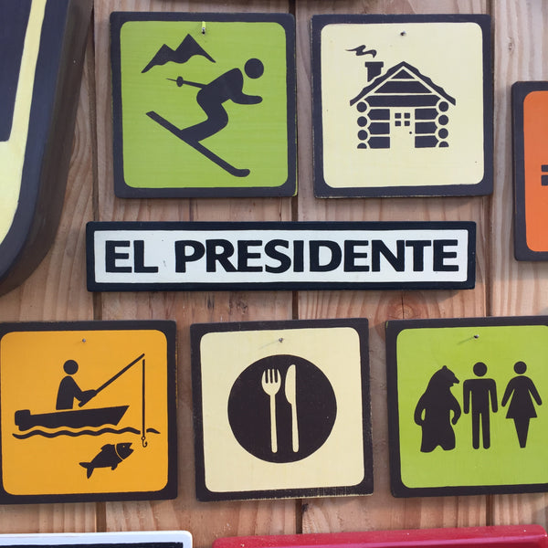 El Presidente Door Sign | Handmade Pop Culture | Desk Sign | Office Dictator Sign | Spanish President | Political Sign | Banana Republic