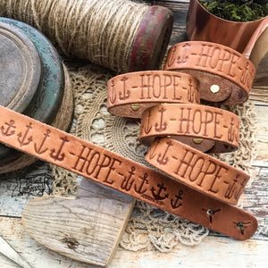 hope many anchors Hebrews 6:19 (camel/natural) leather cuff
