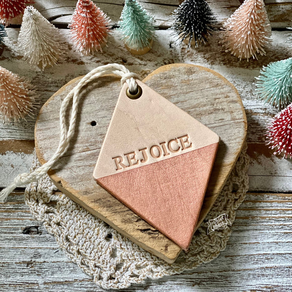 leather ornament diamond REJOICE (metallic rose gold)
