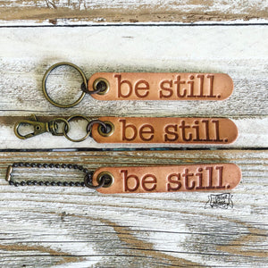 be still (camel/natural) leather tag