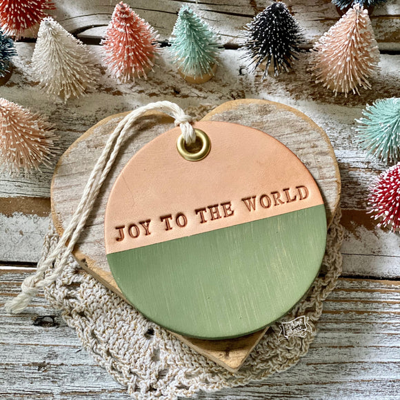 leather ornament JOY TO THE WORLD (matte green)