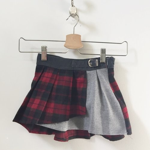 Fun and Fun Pleated Plaid Skirt 5Y
