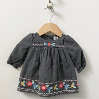 Gap Long Sleeve Floral Embroidered Dress with Bloomers 0 - 3M