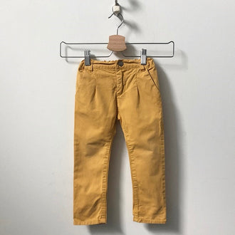 EN FANT Pleated Pigment Dyed Chinos 18M