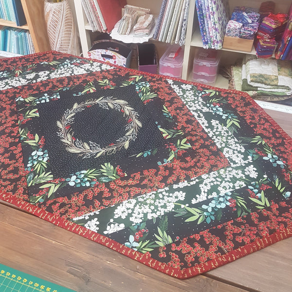 Christmas Table Runner Quilting Kit - Quilting Kit