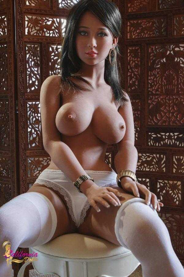 Tall sex doll with beautifully crafted face.