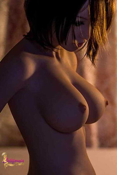 Brunette With Big Breast Naked