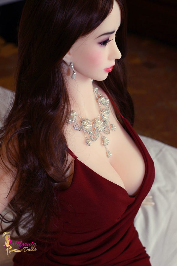 Gorgeous facial features sex doll.