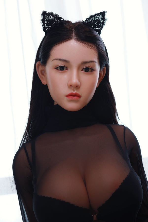 Gorgeous facial features on love doll