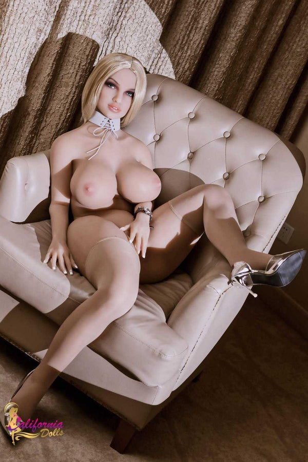 Sex doll naked with large breast