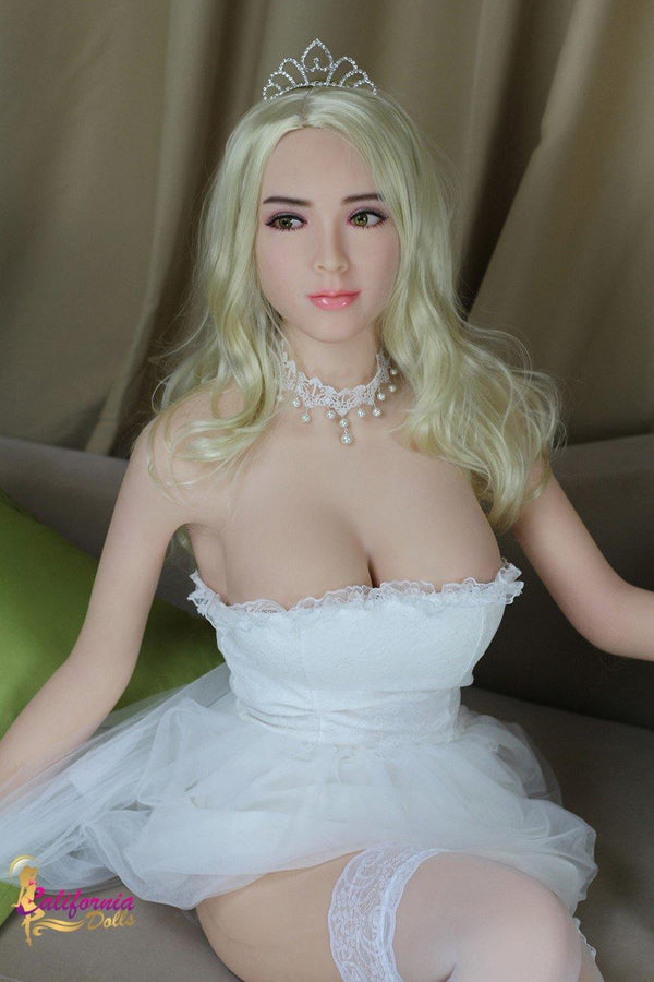 Robotic sex doll with youthful slander body.