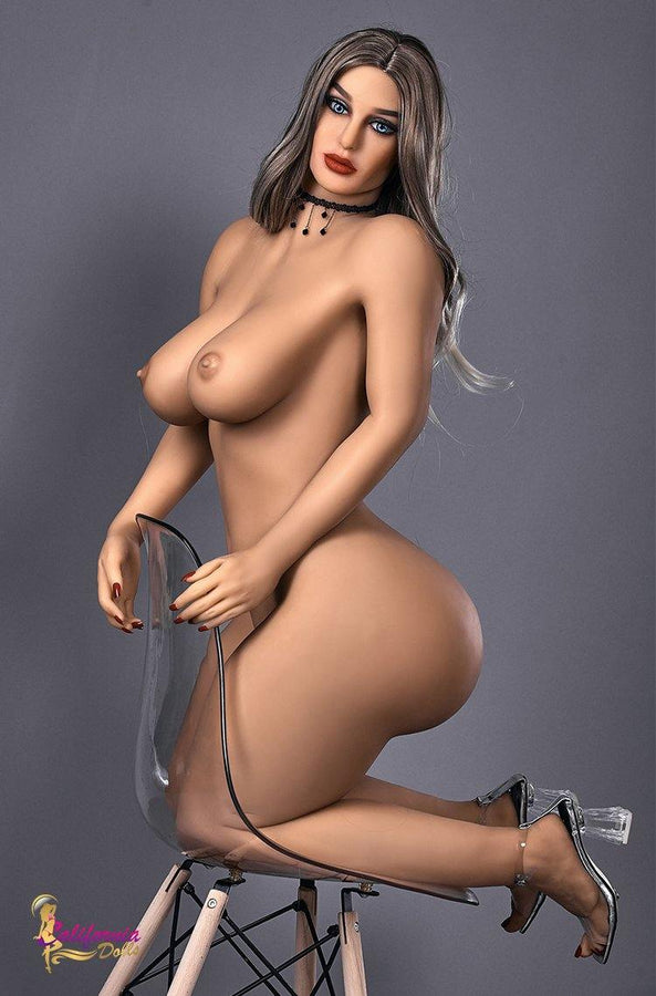 Chubby sex doll  was kneeling on the stool naked