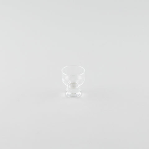 Stout Glass Sake Cup with Base (S)
