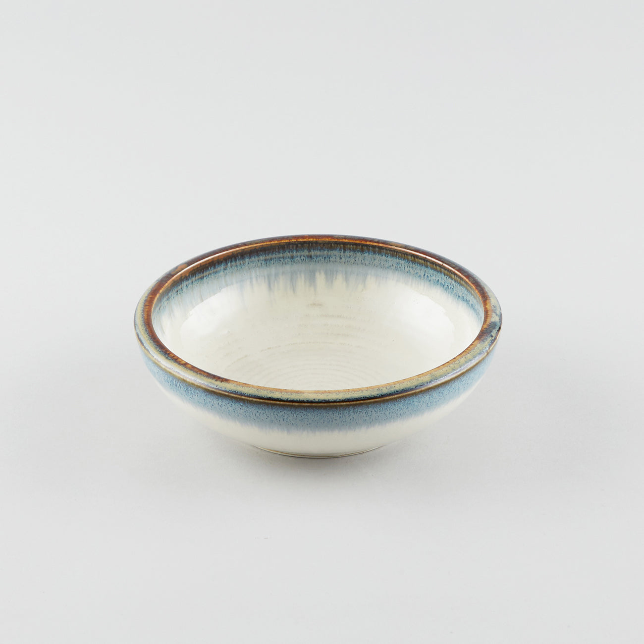 Earth White withBlue Tint Rim - Round Bowl