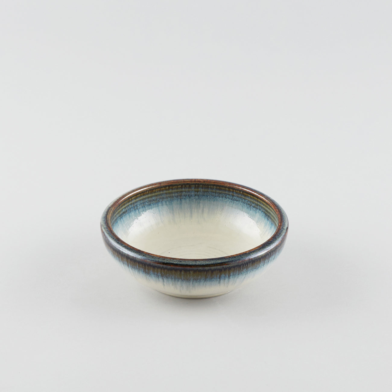 Earth White with Blue Tint Rim - Round Bowl