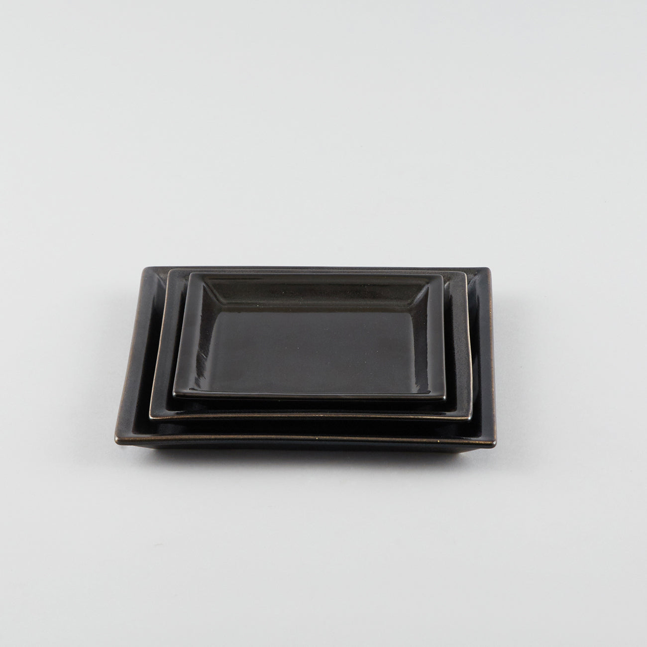 Squaure Plate with Risen Narrow Rim - Black (LL)