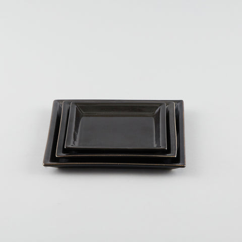 Square Plate with Risen Narrow Rim - Black (S)