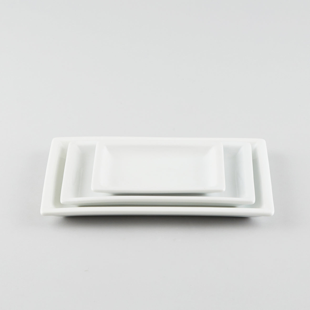 Rectangle Plate with Raised Rim - White (L)