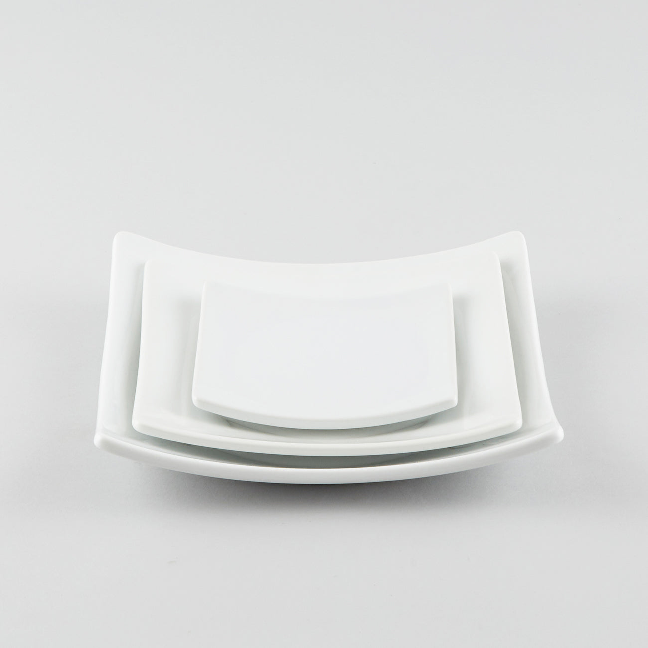 Full-Moon Square Plate with Raised Corners - White (L)