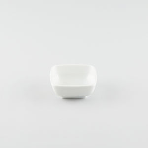 Rounded Square Bowl - White (M)