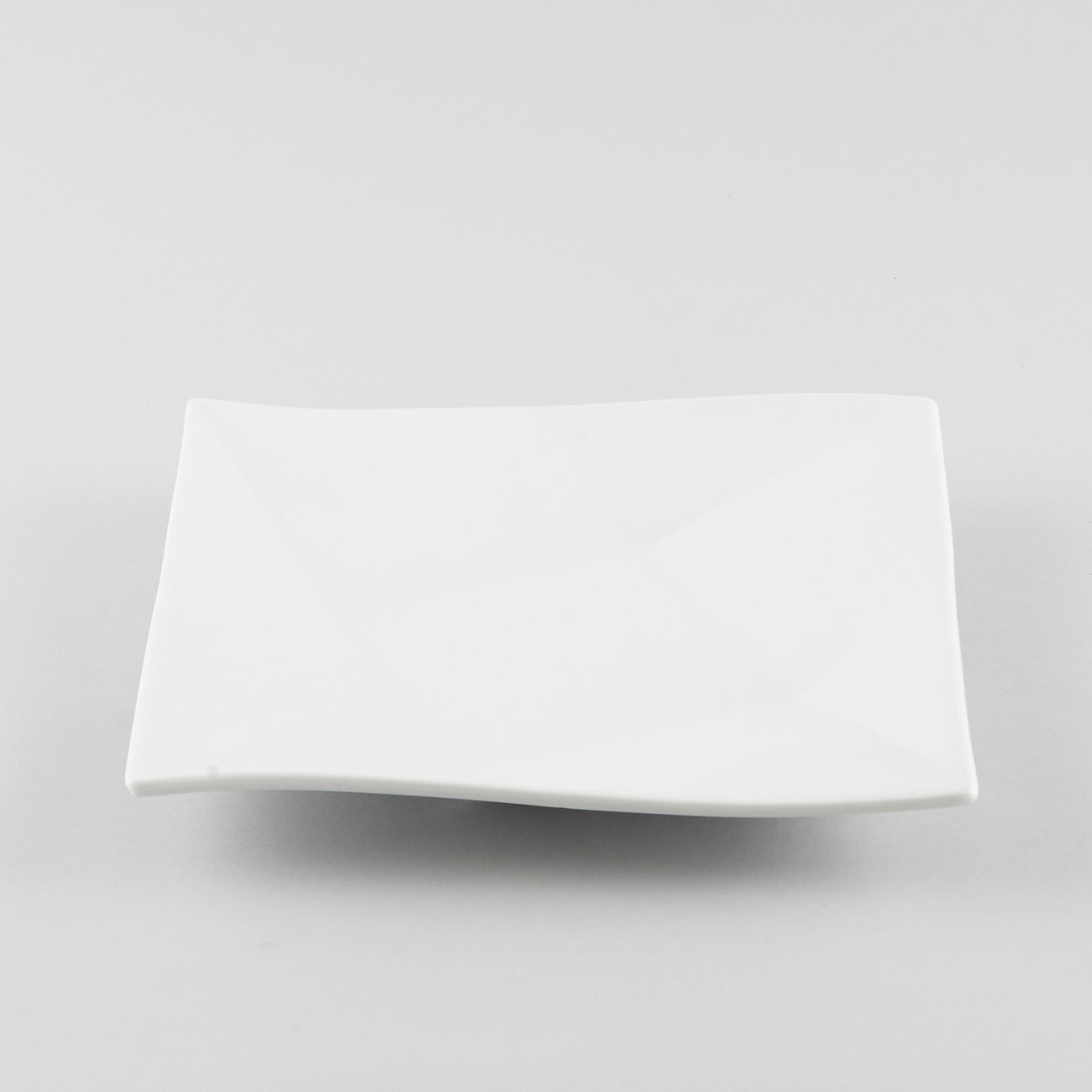 Twist Shallow Square Plate - White (L)