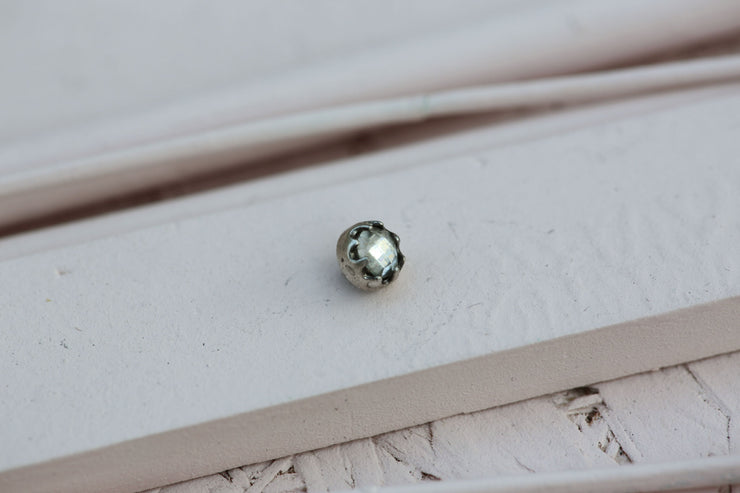 CLEAR BEZEL PRONG STONE 6MM SILVER