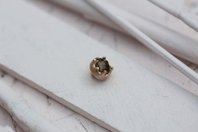 SMOKY BEZEL PRONG STONE 6MM BRONZE