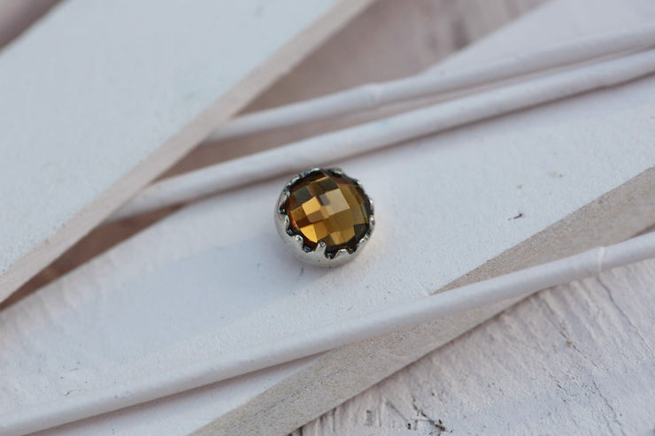 SMOKY BEZEL PRONG STONE 9MM SILVER