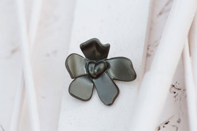 BLACK SILVER FLOWER 18MM