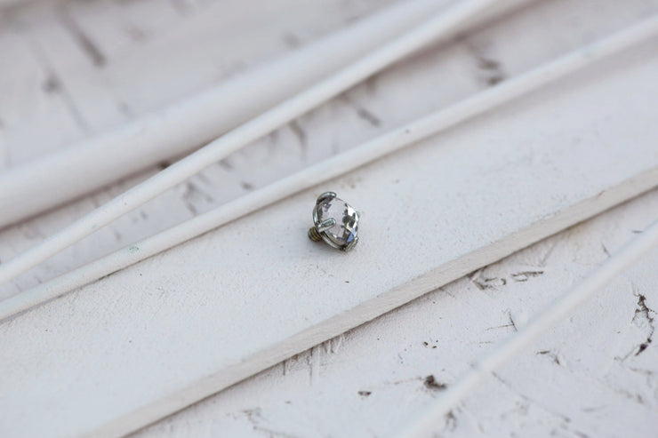 POWDER PRONG STONE 8MM SILVER