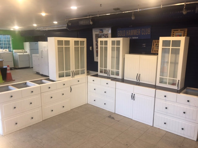 White Kitchen Cabinet Set
