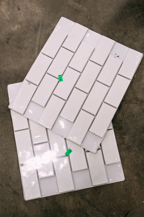 ABBOTSFORD - Tile