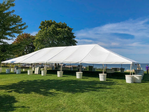 Buying guide to bar and restaurant tents