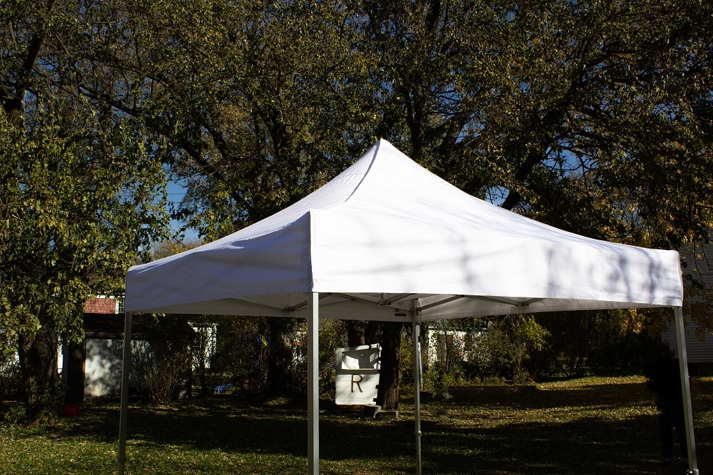 Pop-Up Tent for Gym