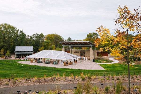 How to organize tent wedding