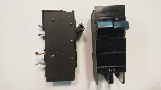 30A 2-Pole Circuit Breaker - Square D - (XO 230)