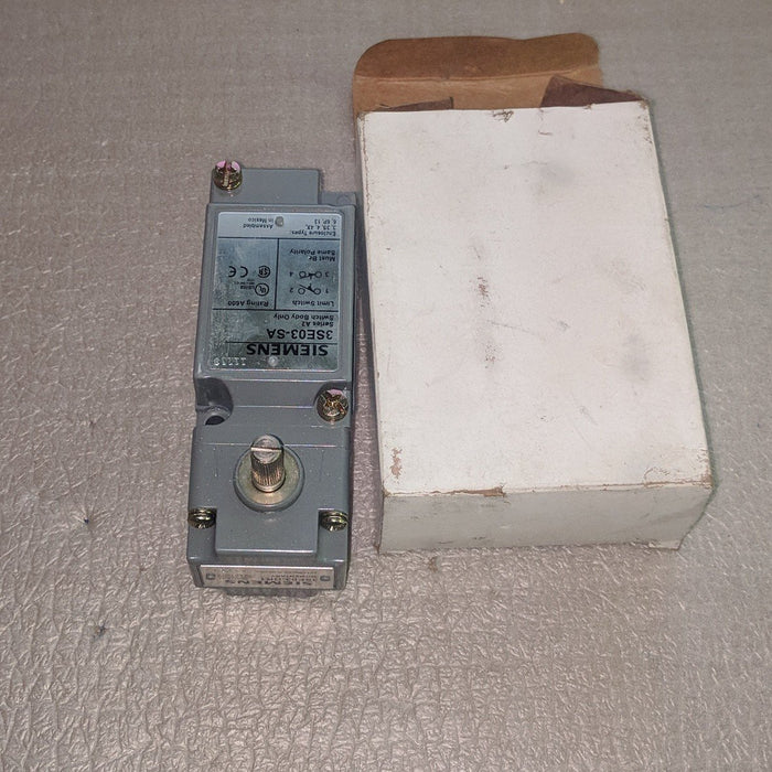 Limit Switch With Operating Head 120-600V - Siemens - (3SE03-AR1)