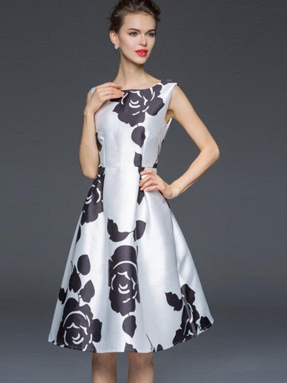 Fashion Chic Floral Pullover Expansion Women's Day Dress - China